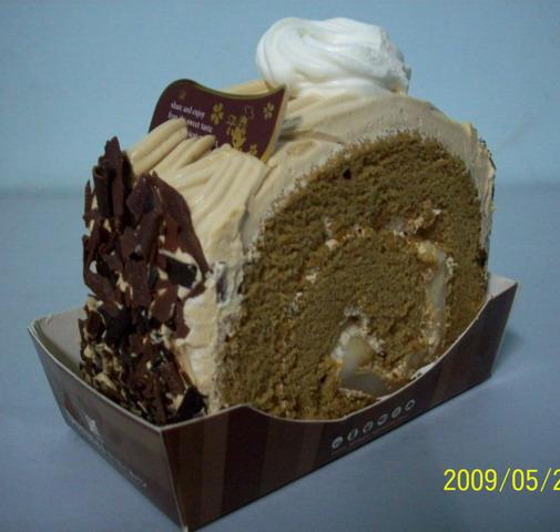多那之 拿鐵瑪奇朵 蛋糕不是很細緻_大小 .jpg