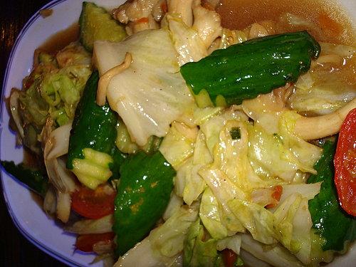 (中壢)Baan Thai~當地泰勞最愛的泰菜餐廳~附設卡拉OK (必吃度:3.7顆星)