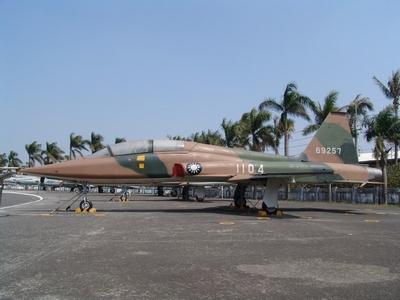 F-5B 自由鬥士式戰鬥教練機 Freedom